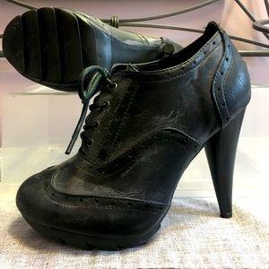 GUC Distressed Stiletto Heels